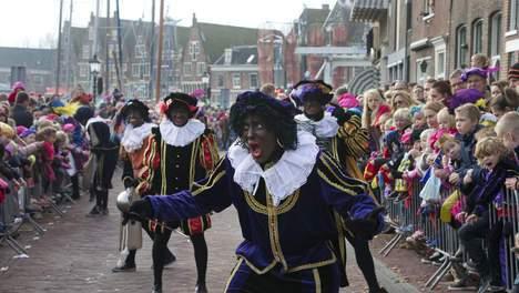 Het volk trekt een grens: Zwarte Piet blijft.