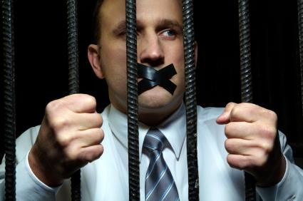 Hoe de overheid actief bijdraagt aan corruptie