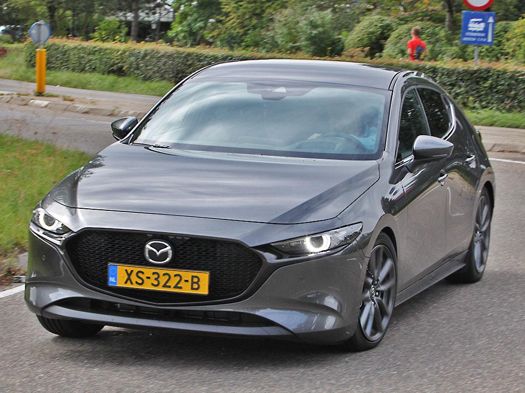 Autotests! Mazda 3 Luxury SkyActiv-G 2019